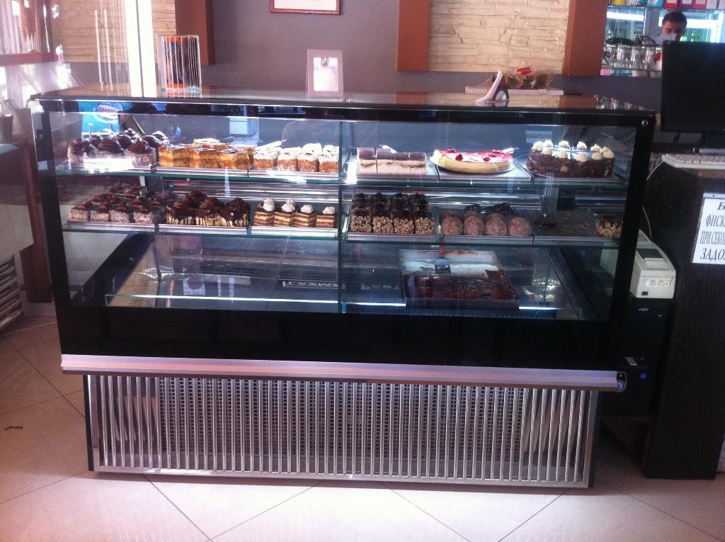 Showcase Cake 6